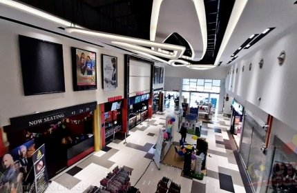 Blockbuster Cineplexes Perling Mall